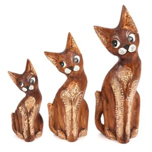 Carved Cappucino Cats - set of 3