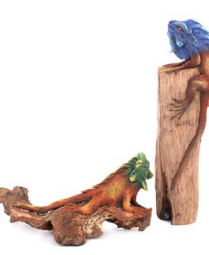 Iguana On Wood 9 Inch